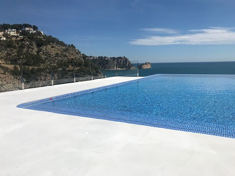 Complete refurbishment of the pool in Granadella, Jávea.