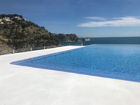 Reforma completa de piscina en la Granadella, Jávea.